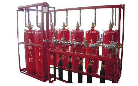 Heptafluoropropane fire extinguishing system with pipe network